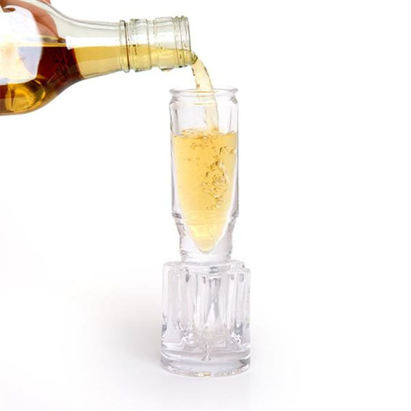 50 Calibre Shot Glass: Bullet Shaped Shot Glass