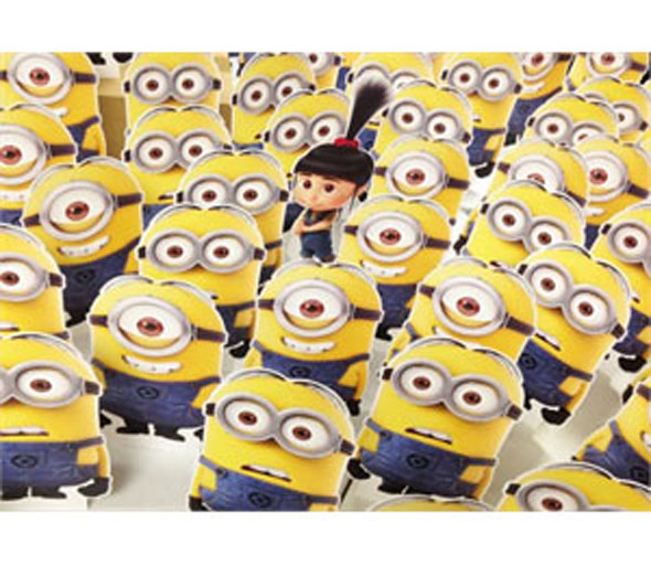 Despicable Me 2 Minion Stuart Desktop Standee